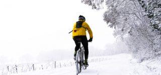Rower a zima – jak się ubrać?