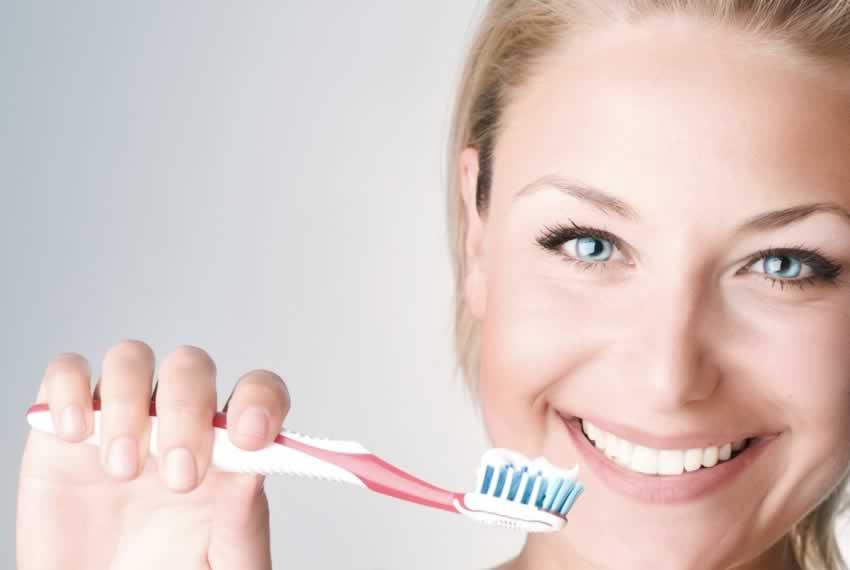 Dobra pasta do zębów – lekarstwo dla jamy ustnej