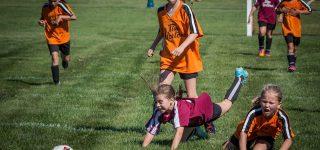 Czy warto zapisać dziecko do akademii piłkarskiej?
