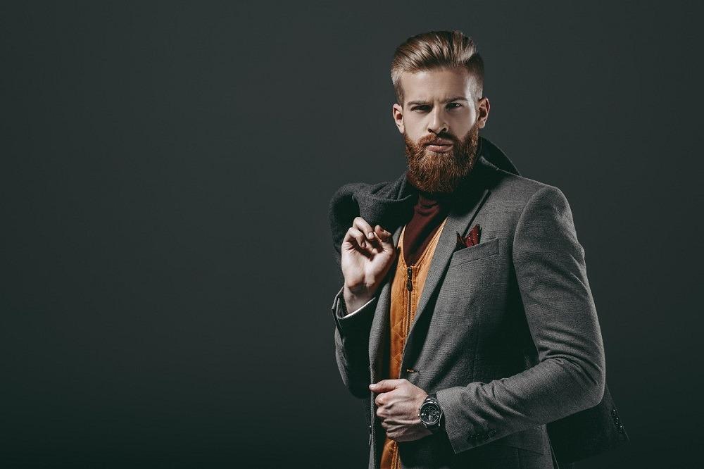 Komponowanie fryzury z brodą