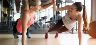 Rozpocznij ćwiczenia na siłowni i oszczędzaj!