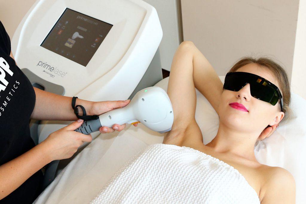 Depilacja laserowa. Zobacz jak uzyskać efekt pięknej i gładkiej skóry