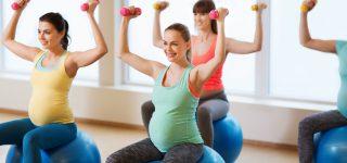 Gimnastyka w ciąży – czy warto odwiedzać klub fitness spodziewając się dziecka?