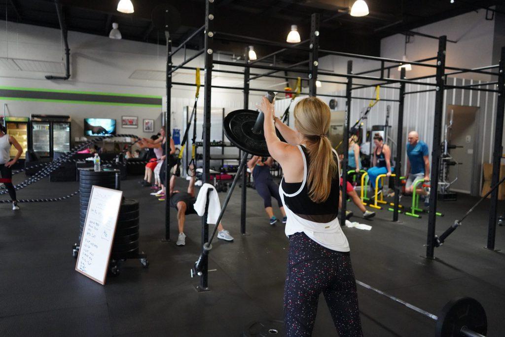 CrossFit – jak zacząć i gdzie trenować? Jaki sklep crossfit wybrać?