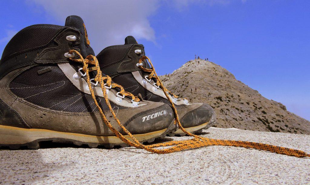 Jak wybrać idealne buty trekkingowe